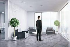 Встречать человека ждать Стоковая Фотография RF