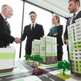Встреча архитекторов и инвесторов Стоковая Фотография RF