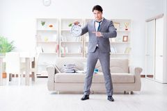 Встреча бизнесмена счастливая его крайние сроки Стоковое Изображение