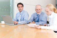 встреча бизнес-группы стоковое изображение