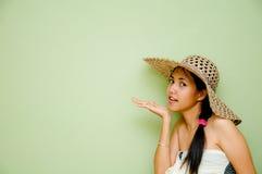 втихомолку говоря женщина Стоковая Фотография RF