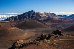 Вулканический кратер на национальном парке Haleakala на острове Мауи, Гаваи Стоковое Изображение RF