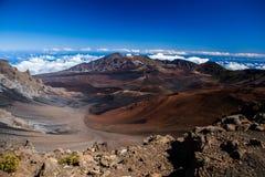 Вулканический кратер на национальном парке Haleakala на острове Мауи, Гаваи Стоковые Изображения RF