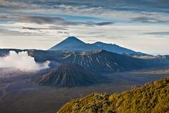 вулкан Индонесии стоковое фото