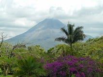 вулкан arenal Стоковое Изображение