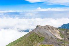 Вулкан Irazu - озеро кратера - Коста-Рика Стоковые Изображения RF