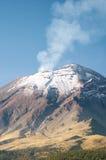вулкан popocatepetl стоковое изображение rf