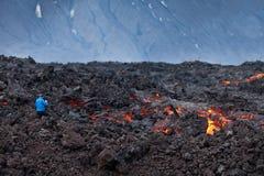 Вулкан Tolbachik извержения стоковые изображения