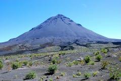 вулкан verde fogo плащи-накидк Африки Стоковые Изображения