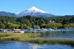 Вулкан Villarica в Pucon, Чили стоковые изображения rf