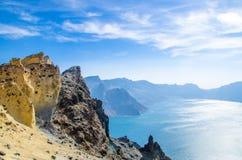 Вулканические скалистые горы и озеро Tianchi, одичалый ландшафт, Стоковые Фото