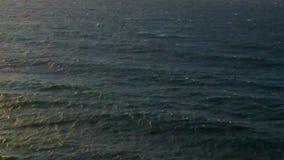 Вулканический пляж в kamari на siland santorini акции видеоматериалы