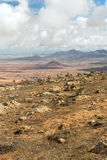 Вулканическое lanscape Панорамный взгляд на Фуэртевентуре от Mirador Morro Velosa, Фуэртевентура, Стоковые Изображения