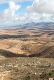 Вулканическое lanscape Панорамный взгляд на Фуэртевентуре от Mirador Morro Velosa, Фуэртевентура, Стоковое Изображение RF