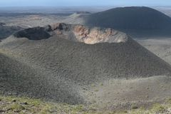 Вулкан в национальном парке Timanfaya на Лансароте Стоковая Фотография RF
