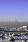 Вулкан редута держателя в Аляске в зиме Стоковая Фотография