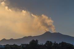 Вулкан Этна, Сицилия, панорама захода солнца Стоковое Фото