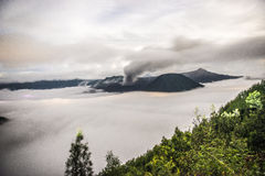Вулкан Bromo держателя во время рассвета Стоковое фото RF