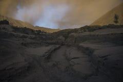 Вулкан Bromo держателя во время рассвета Стоковые Фотографии RF