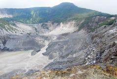 Вулкан Gunung Bartur стоковые изображения