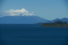 Вулкан Osorno - Puerto Varas - Чили Стоковое фото RF