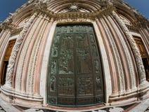 Входная дверь собора Сиены, Италии Стоковое Фото
