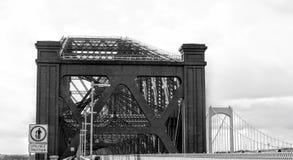 Вход к мосту Квебека стоковые фото