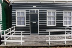 Вход к традиционному голландскому дому в Marken Стоковые Изображения
