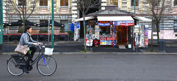 Вход бутика Fratelli Prada в милане, Италии Стоковое Изображение RF