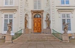 Вход дворца Myslewicki (1779) в Варшаве, Польше Стоковое Изображение