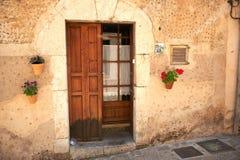 Вход в Valdemossa Мальорке стоковое фото rf