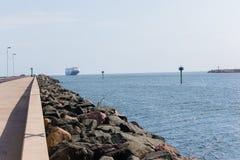 Вход гавани порта океана корабля Стоковые Изображения
