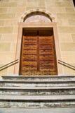 Вход и мозаика двери церков Tradate Италии Стоковые Изображения RF