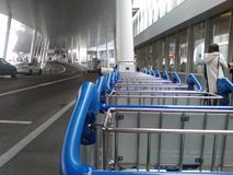 Вход и стояночная площадка Цюрих-авиапорта ZRH Стоковое Фото