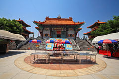 Вход китайского виска wat Leng Noei Yi 2 Стоковая Фотография