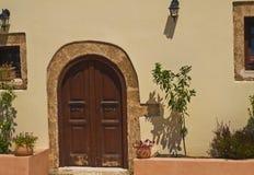 Вход к греческому дому Стоковая Фотография