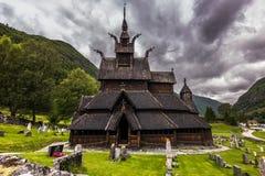 Вход к Borgund ударяет церковь, Норвегию стоковое фото rf
