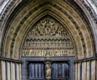 Входная дверь Вестминстерского Аббатства Стоковое Фото