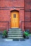 Входная дверь таунхауса Стоковые Изображения RF