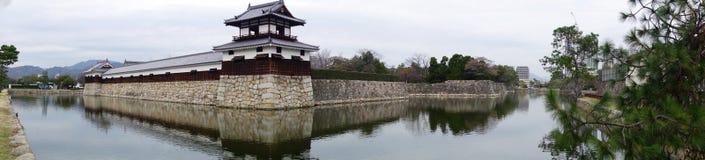 Вход на замок Хиросимы с прудом стены и воды, который нужно защитить Стоковые Изображения RF