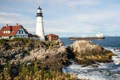 Входящее движение на маяке головы Портленда Стоковые Изображения
