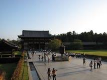 Въездные ворота виска Todai-ji, Nara Японии стоковые изображения