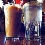 Въетнамские замороженные кофе и вода со льдом Стоковое фото RF