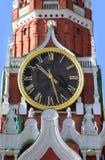 выбивает башня spasskaya kremlin Стоковое Изображение