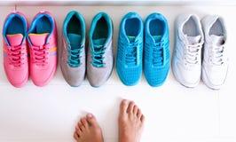 Выбирать ботинки спорт Стоковые Изображения