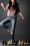выбирать женщину ботинок Стоковые Изображения RF
