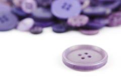 Выбор выбора различных фиолетовых кнопок Стоковые Фото