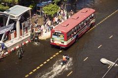 выбор людей busstop шины остановленный к Стоковые Фото