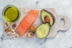 Выбор хороших тучных источников - здоровая концепция еды Ketogenic концепция диеты Стоковые Фото