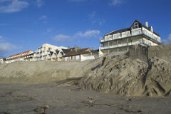 Выветренные пляж и конструкции Стоковая Фотография RF